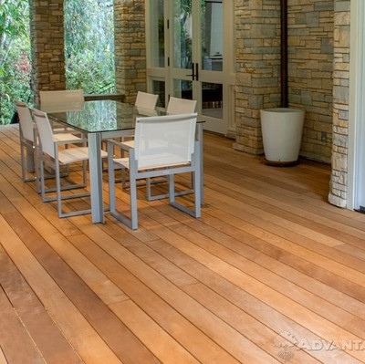 Garapa decking boards 2.1 x 14.0 cm long lengths visible screwing